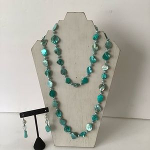 Shell carved necklace set